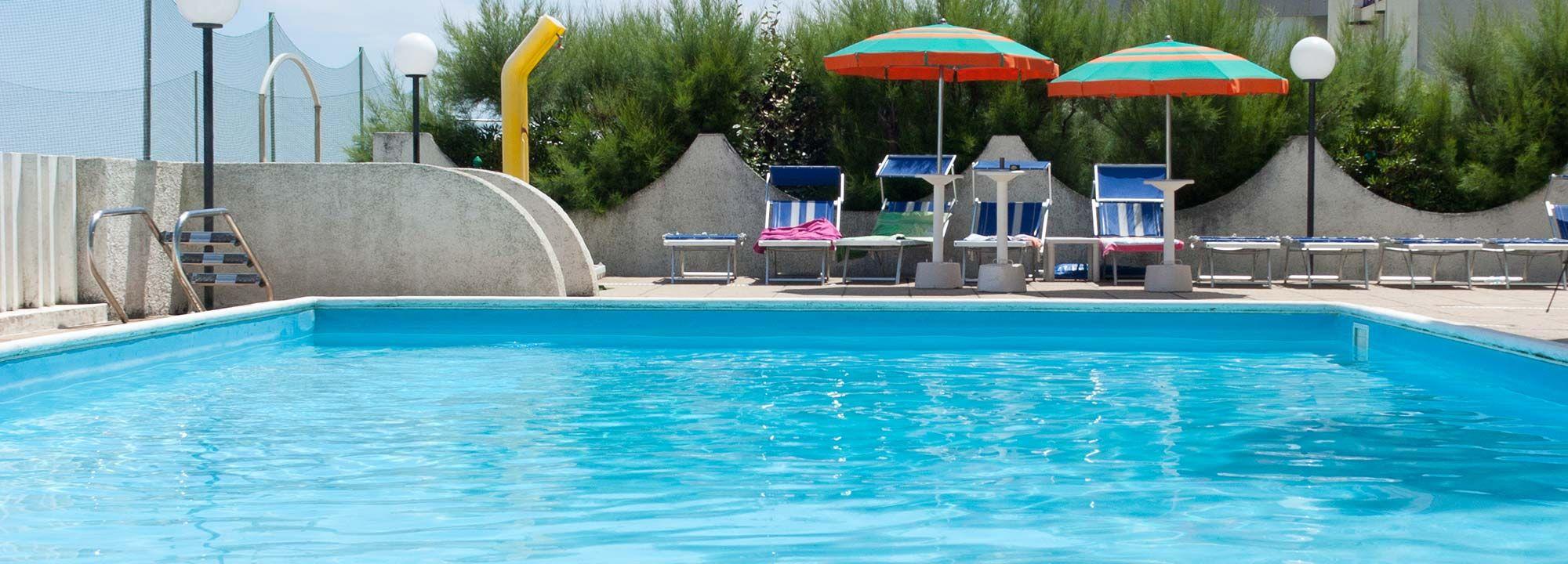 Hotel vicino mare con piscina hotel leonardo da vinci pesaro - Champoluc hotel con piscina ...